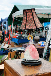Things To Do: Brimfield Antique Show - Salem Cross Inn, West Brookfield, MA
